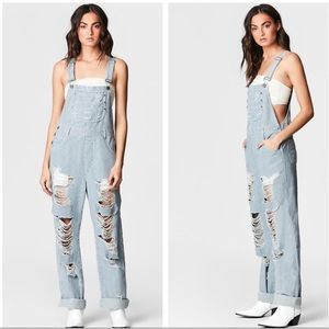 NEW 🎈 LF stores Carmar stripe oversized overalls